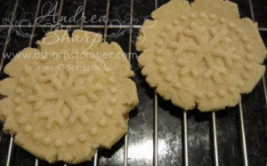 These snowflake cookies are yummy!!!